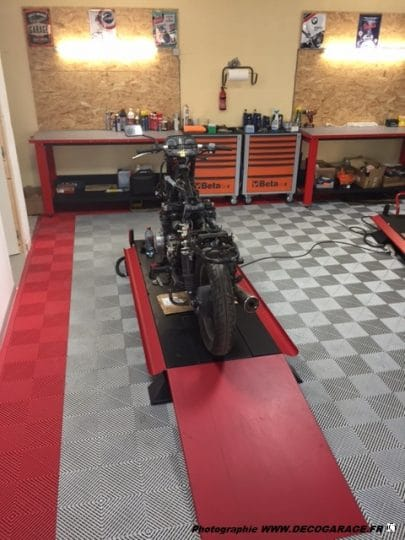 dalle-pour-atelier-moto