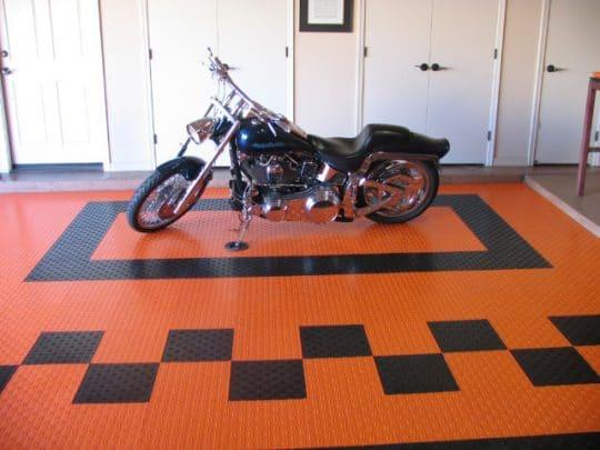 harley-davidson-garage