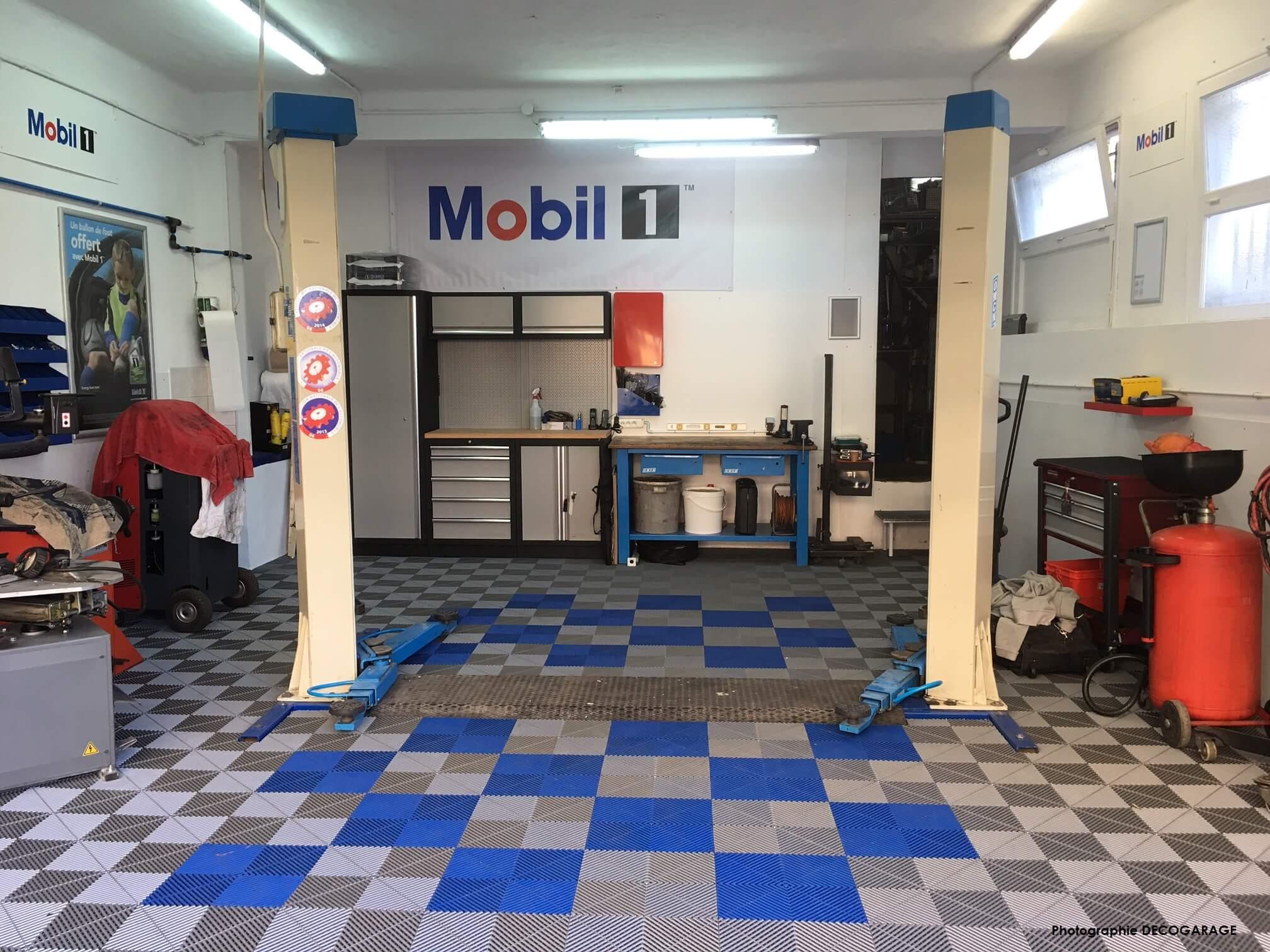 Dalles de garage dalles pour atelier la solution swisstrax - Revetement de sol garage ...