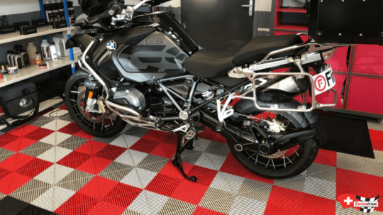 dalle-garage-moto