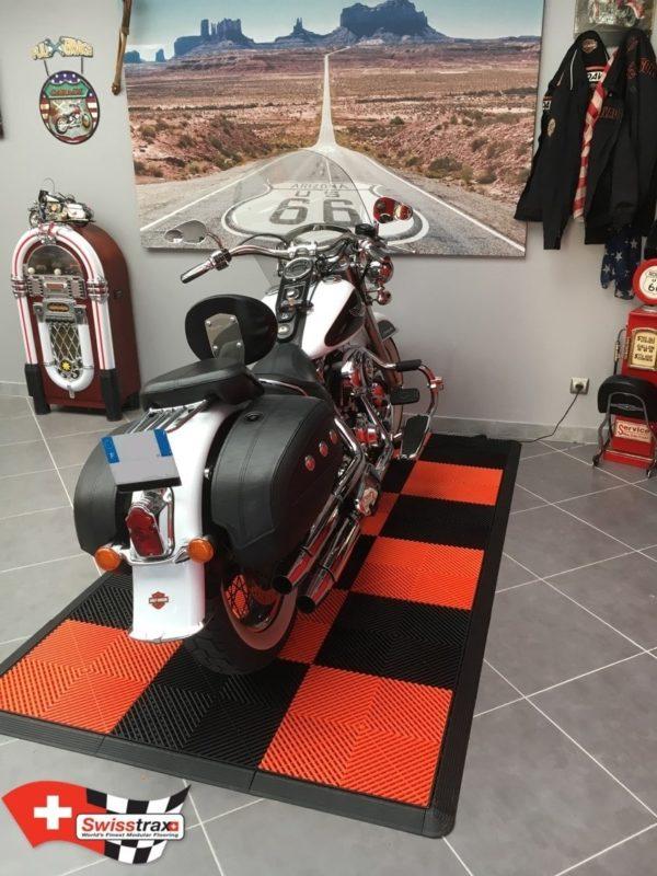 dalles pour garage moto