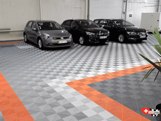revetement-sol-showroom-automobile