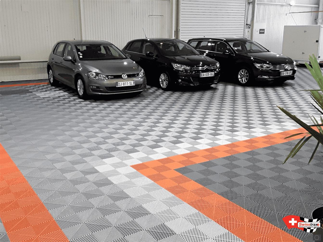 revêtement de sol pour showroom automobile